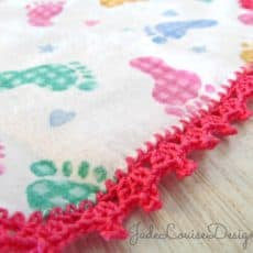 crochet edge burp cloth