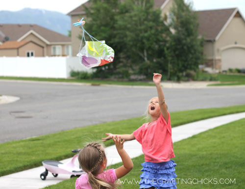 how to make a parachute toy