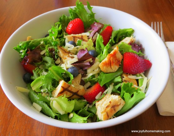 Wendy's Berry Almond Salad