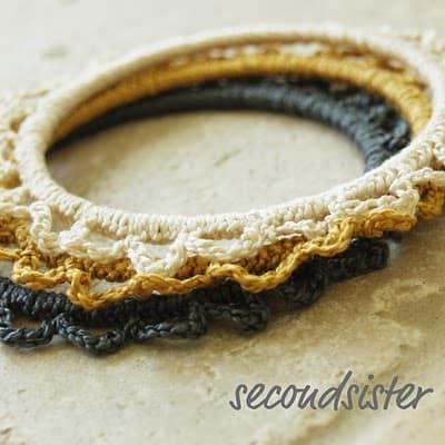 scalloped-bracelets
