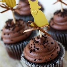 cupcake-toppers-cuttlebug.jpg