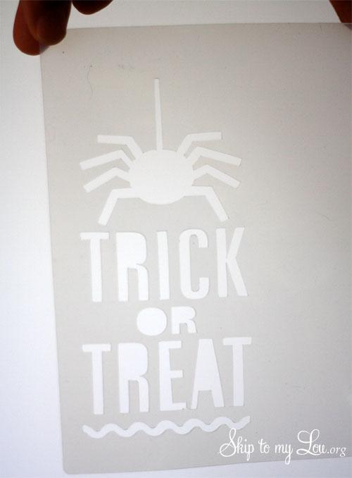 trick or treat spider bag step 1