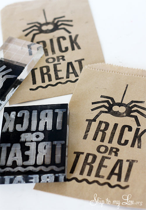 trick or treat spider favor bag Silhouette stamp tutorial