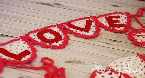 crochet love bunting