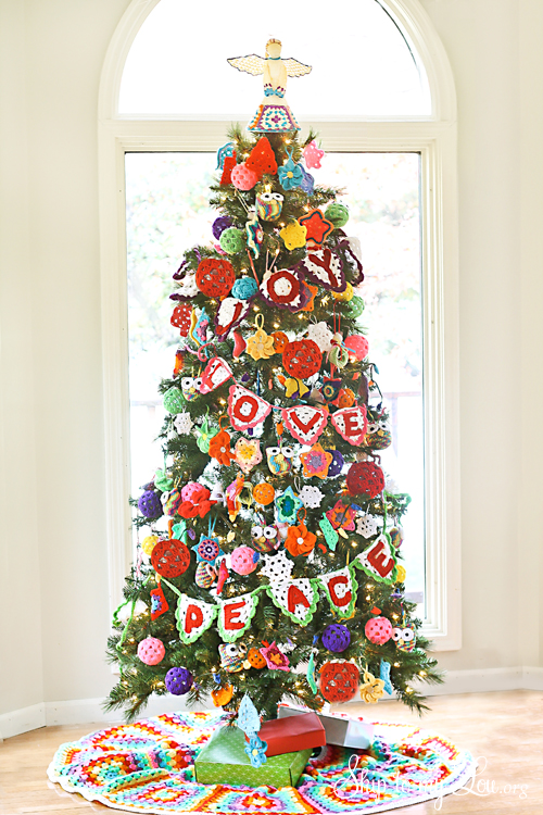 crochet decorated christmas tree