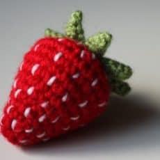 Crochet_Strawberry
