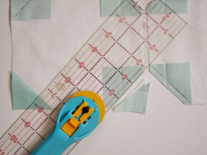 Skiptomyloupinitsnowmantablerunner-cutting-corners