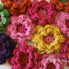 How to crochet a flower | Skip To My Lou
