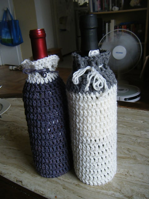 Crochet Wine Bottle Cozy | Skip To My Lou