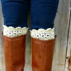 lacy scalloped boot cuff