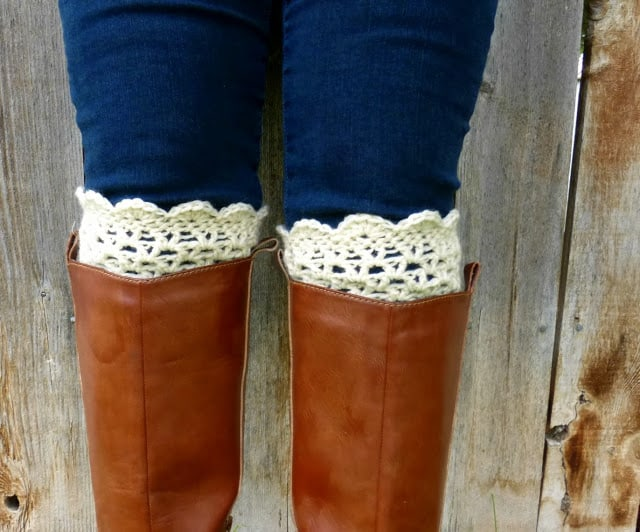 Lacy Scalloped Crochet Boot Cuff Pattern Skip To My Lou