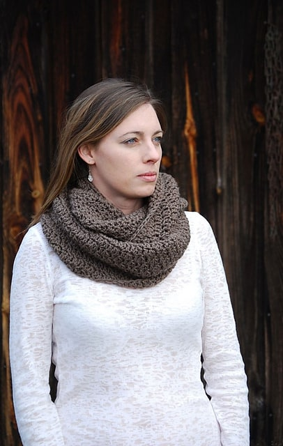 Soft Stitch Cowl Crochet Pattern