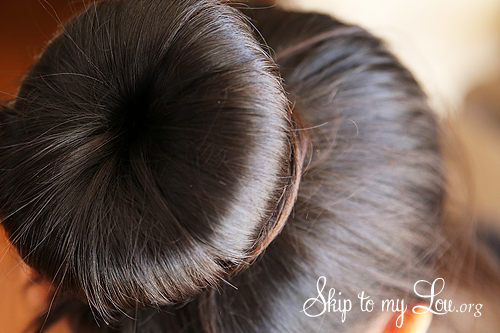 how to make a bun in hair step 5a