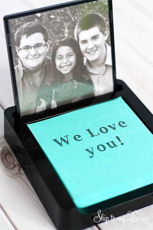 Post-it Note Photo Holder