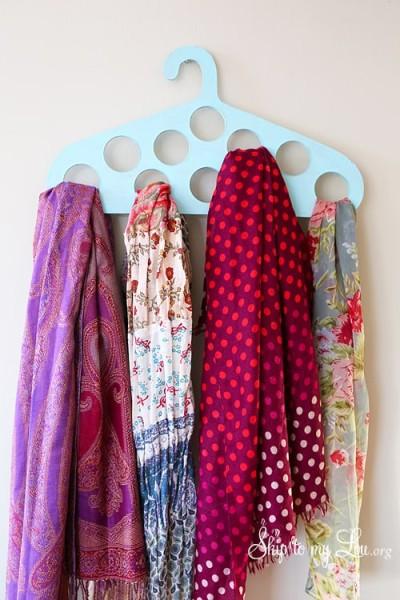DIY-Scraft-Hanger.jpg