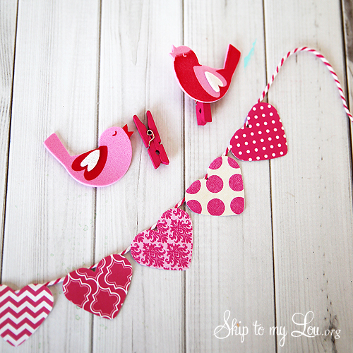 Heart Bunting tutorial clips