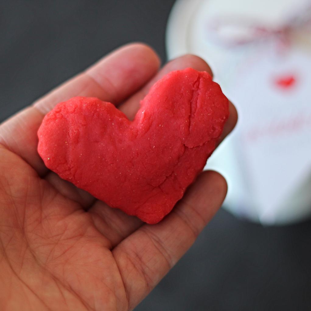 Playdough Heart - The Twinery