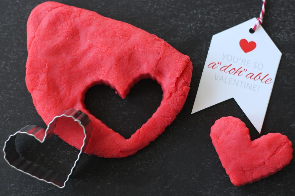 Playdough Valentines - The Twinery