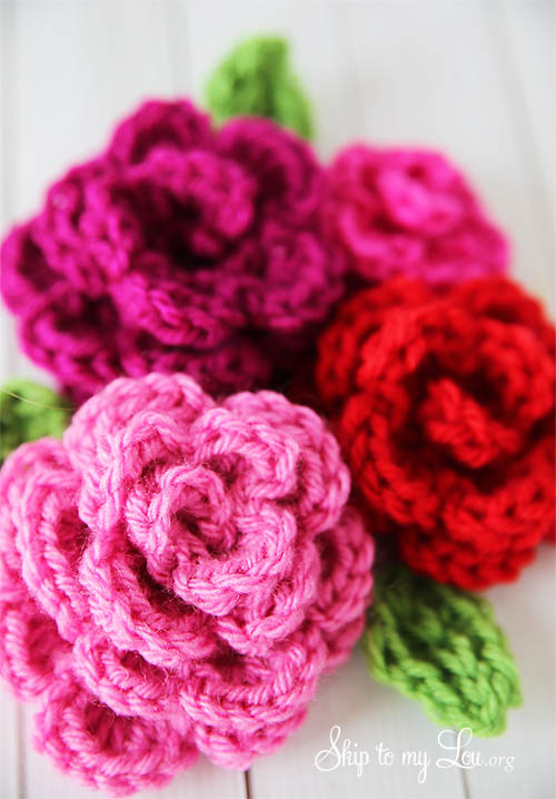 Simple Crochet Flower Pattern Free : Free Easy Rose Crochet Pattern Skip To My Lou