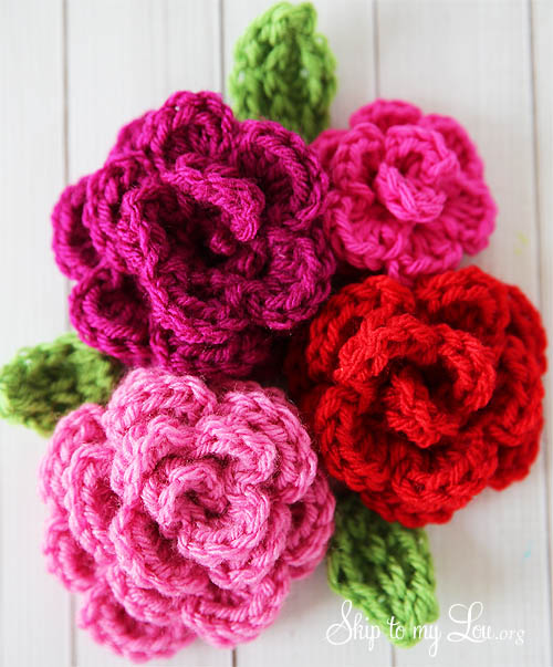 Crochet Patterns Of Roses : Free Easy Rose Crochet Pattern Skip To My Lou