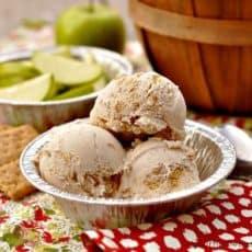 apple-pie-ice-cream.jpg