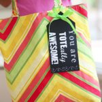 Tote-ally-awesome-teacher-gift-idea.jpg