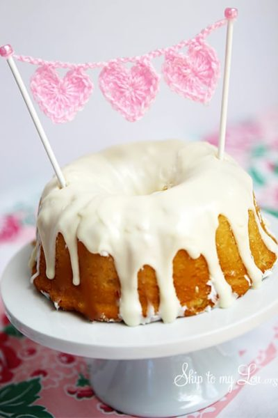 crochet-cake-bunting.jpg