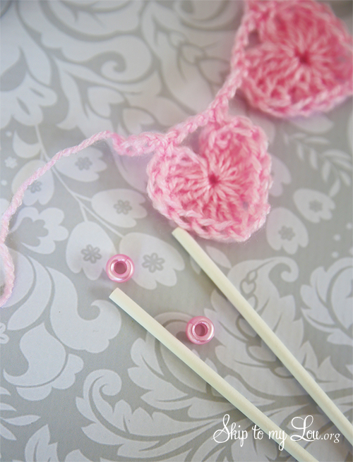 heart crochet cake bunting tutorial