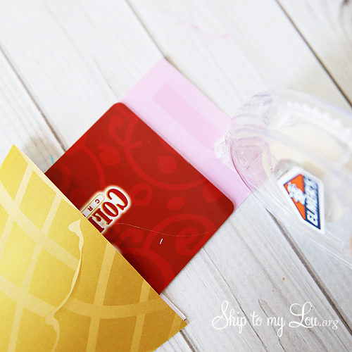ice cream cone gift card teacher gift tutorial