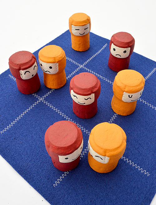 DIY Take Along Game of Tic Tac Toe