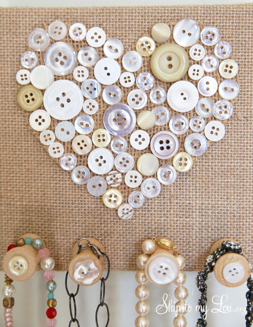 burlap and button necklace holder