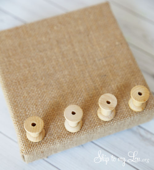 burlap jewelry holder step 2