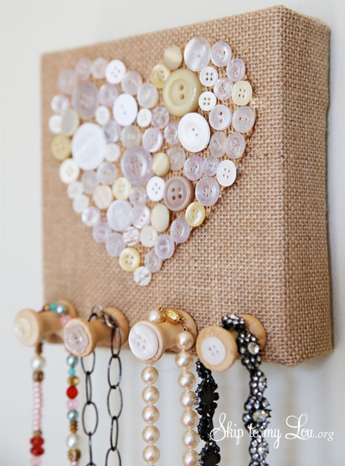 burlap necklace holder