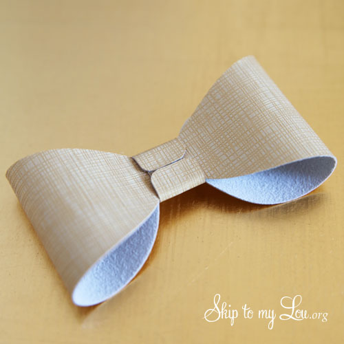 how to make bow napkin ring 3