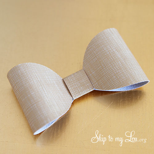 how to make bow napkin ring 4