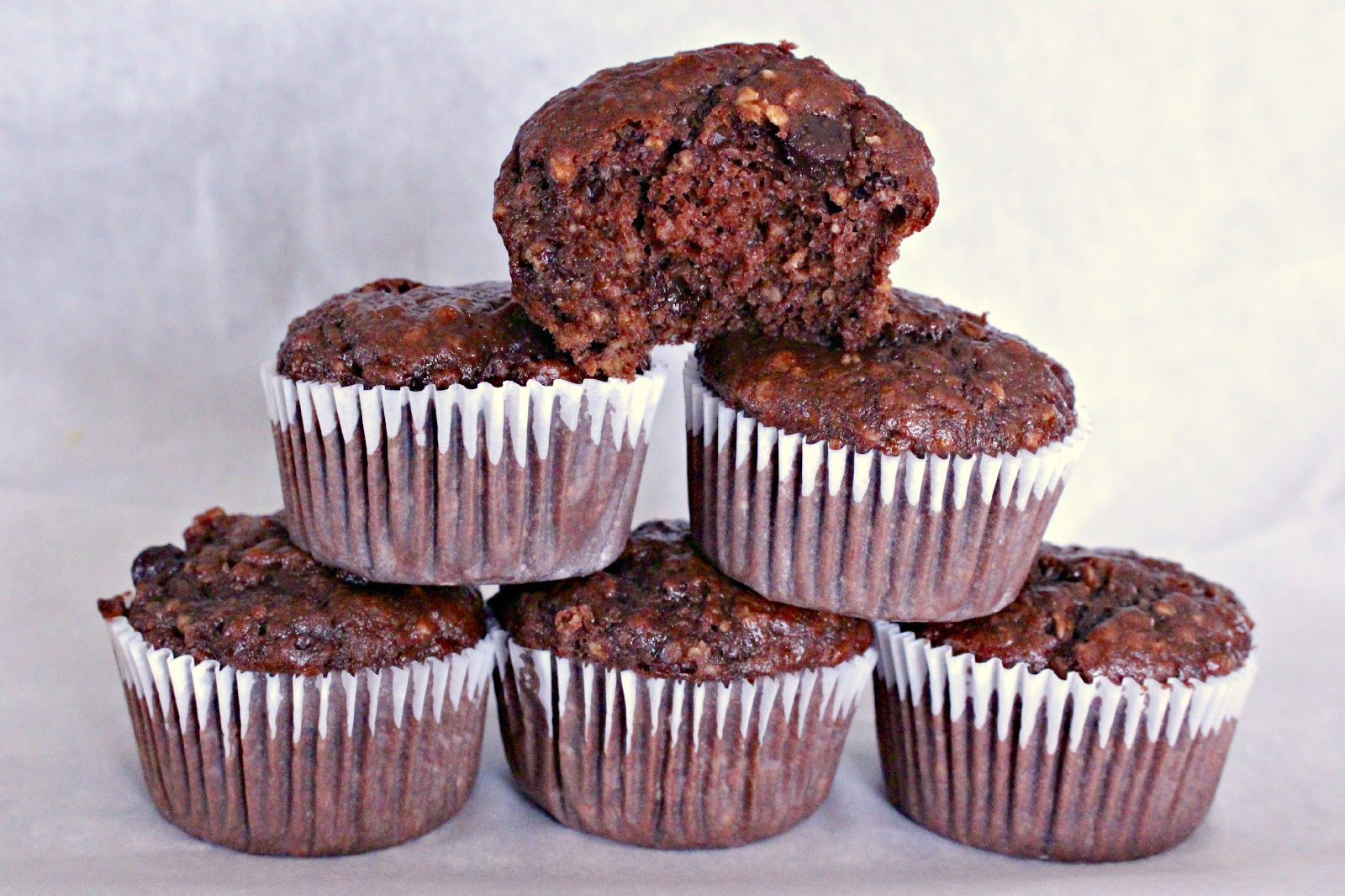 banana oatmeal chocolate hemp seed muffins