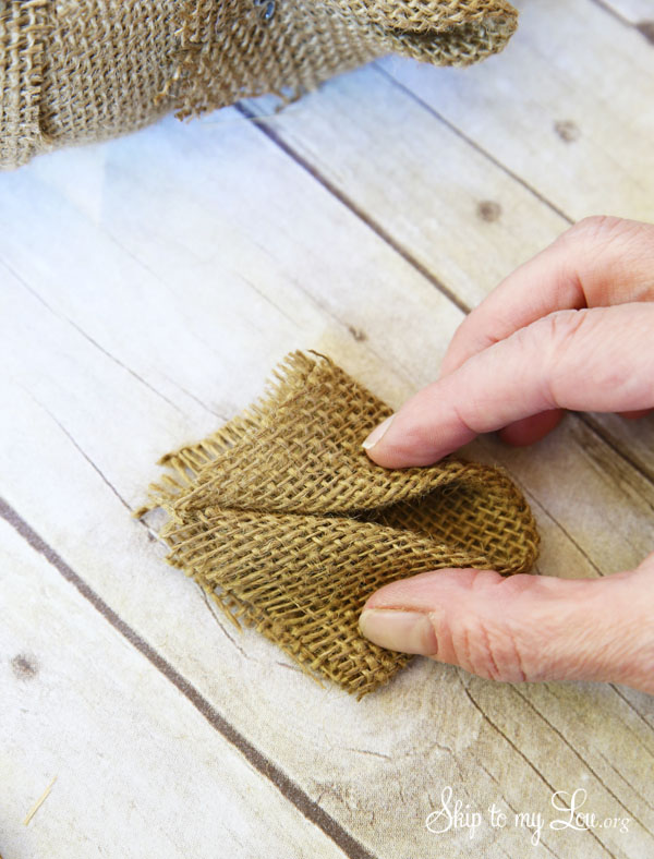 burlap wreath tutorial step 5