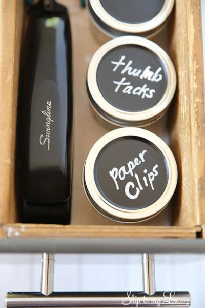 chalkboard-lid-jars-for-organization.jpg