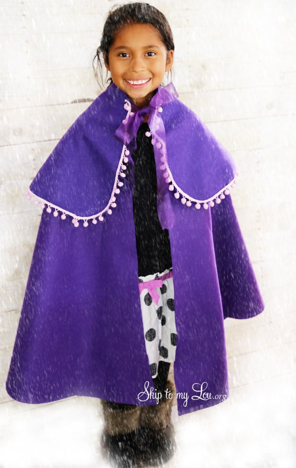 Diy No Sew Frozen Cape Skip To My Lou