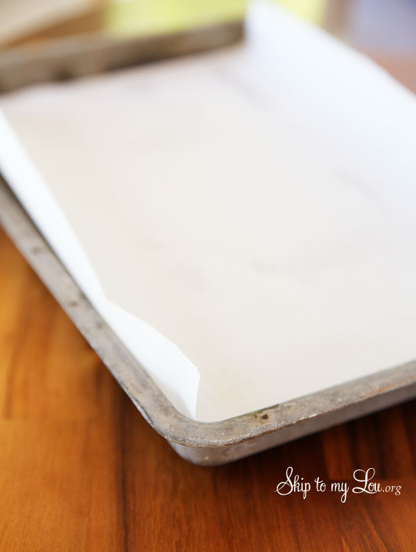 pumpkin roll parchment lined pan