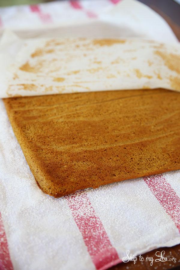 pumpkin roll peeling parchment away