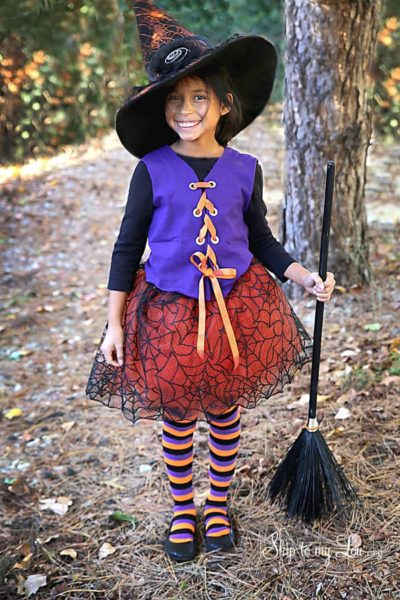 no-sew-witch-costume-skiptomylou.jpg