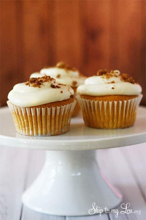 Pumpkin Ale Cupcakes | Skip To My Lou
