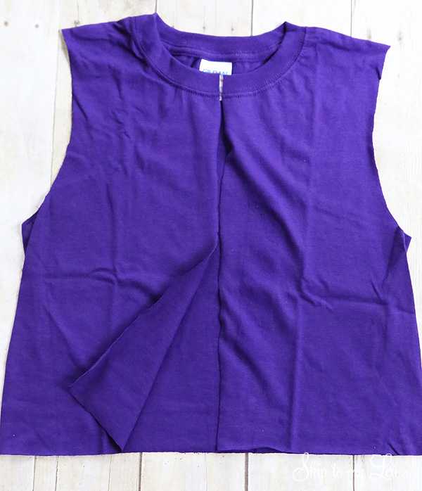 t-shirt to vest cut center