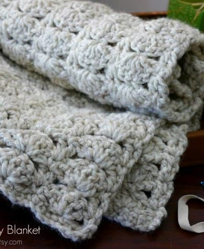 Crochet-Baby-Blanket-on-Everything-Etsy-650x487.jpg