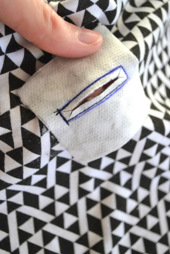 Hand Sanitizer Cozy Tutorial + Pattern  // lemon squeezy home