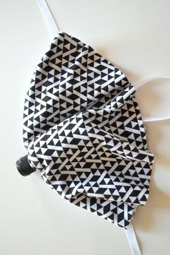 Hand Sanitizer Cozy Tutorial + Pattern  // lemon squeezy home