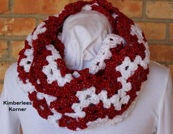 Candy Cane Ripple Crochet Cowl