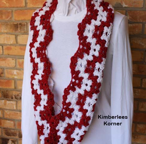 Candy Cane Ripple Crochet Cowl Pattern