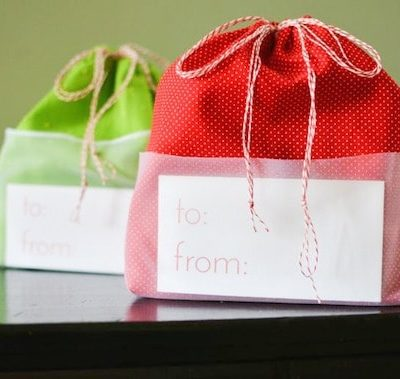 Sheer-Pocket-Drawstring-Gift-Bag-crafterhours-blog-tutorial-2.jpg